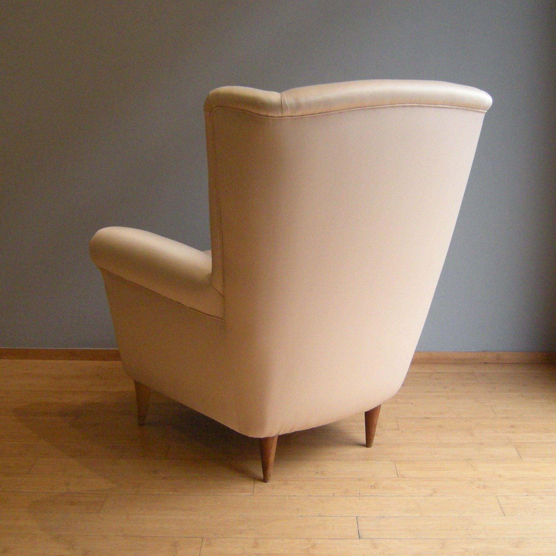 Poltrona anni 50 lelabo modernariato e design a bologna for Modernariato e design