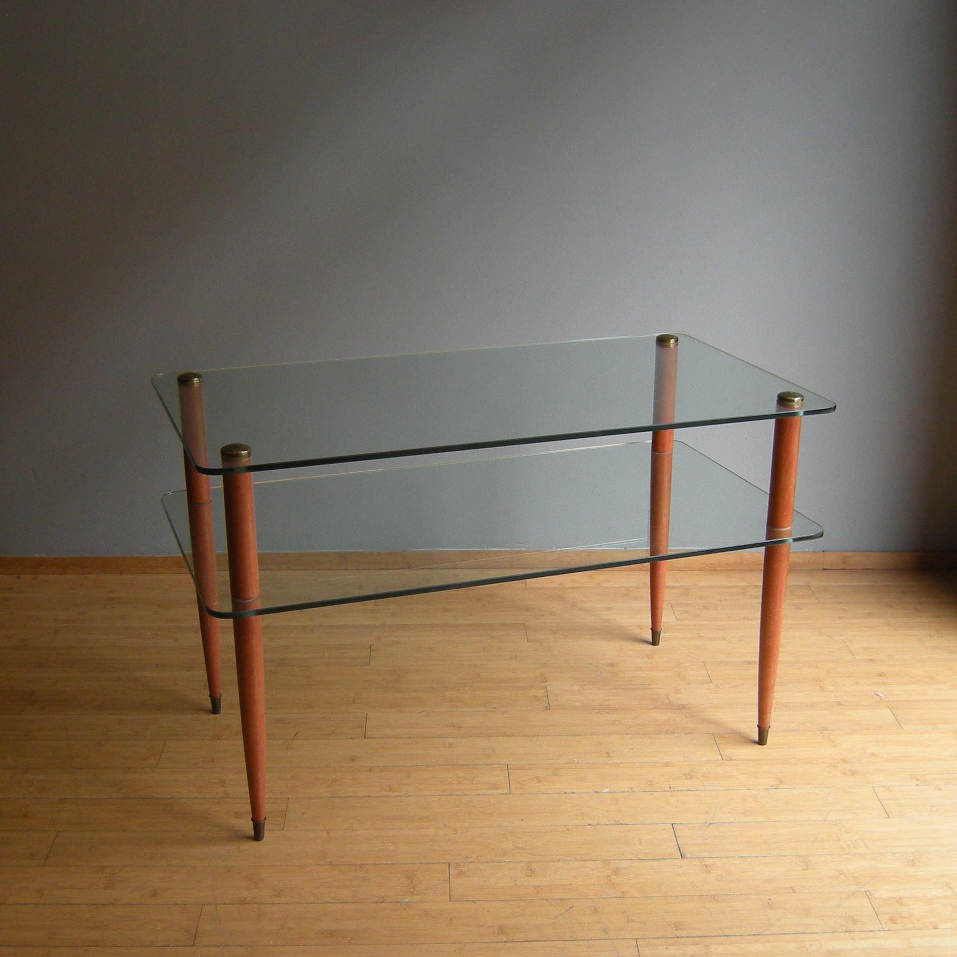 Tavoli. LelaBO modernariato e design a Bologna