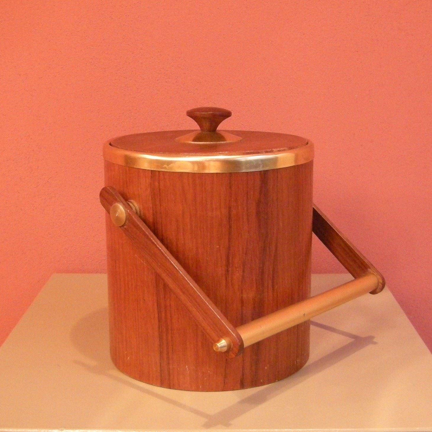Portaghiaccio anni 50 60 in teak lelabo modernariato e design a bologna - Mobili in teak anni 60 ...